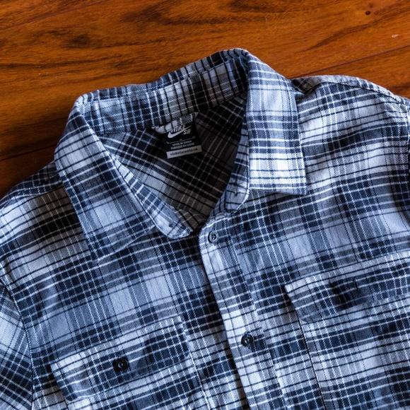 f3ca8fdf Nike SB Button Up Flannel Shirt. M_5bb522f18ad2f982d93e2a59